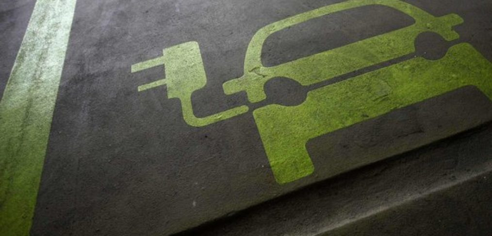 Can electric cars save utilities